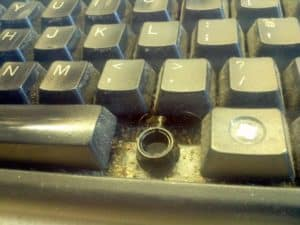 Dirty keyboard can infect users
